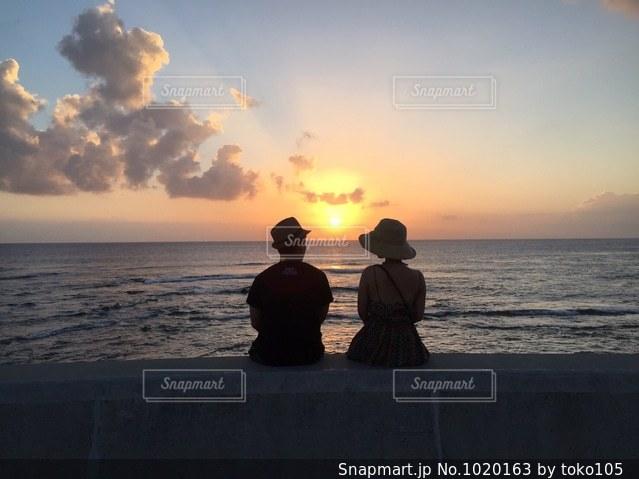 沖縄の夕日の写真・画像素材[1020163]