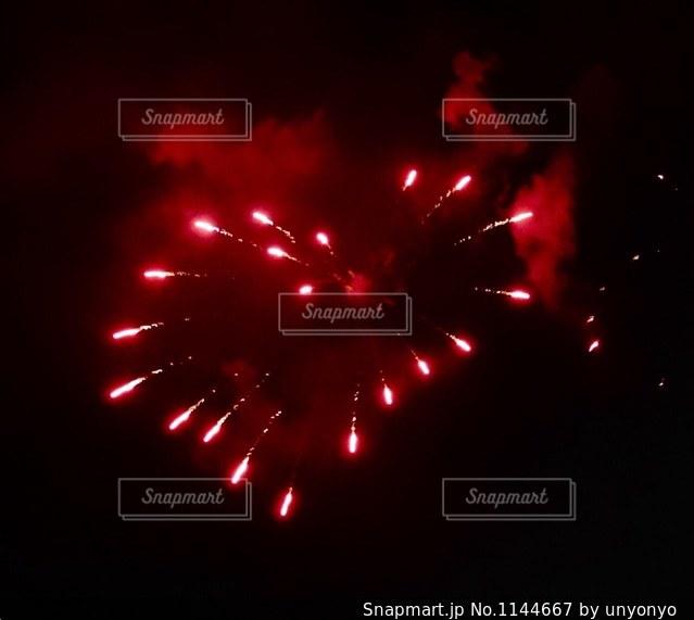 ハートの花火の写真・画像素材[1144667]