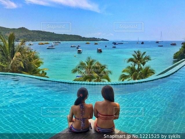 ピピ島でモデルごっこの写真・画像素材[1221525]