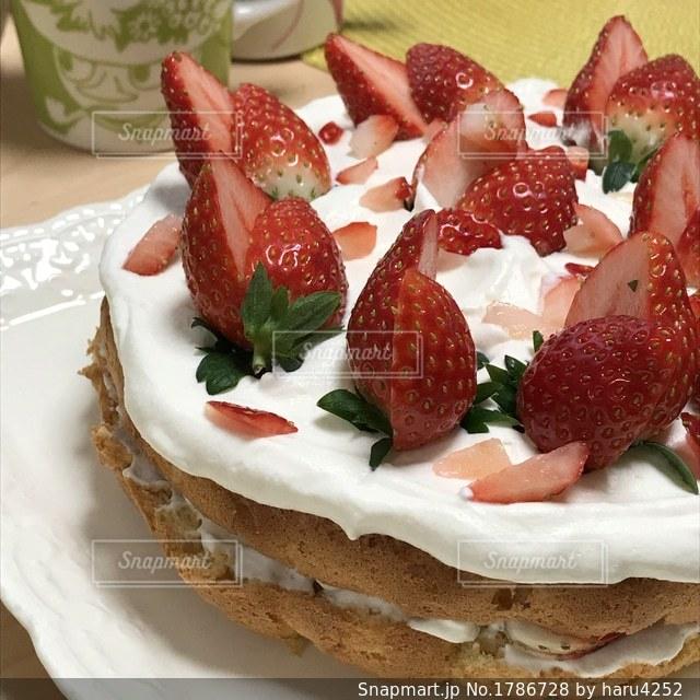 米粉のホームメイドケーキの写真・画像素材[1786728]