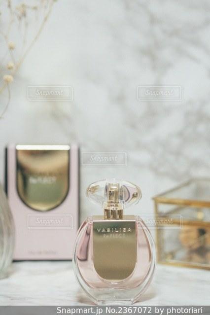 香水の写真・画像素材[2367072]