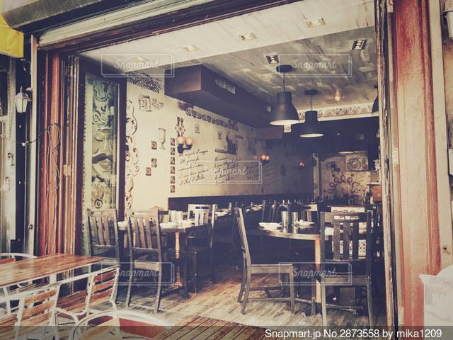 ノスタルジックなレストランの写真・画像素材[2873558]