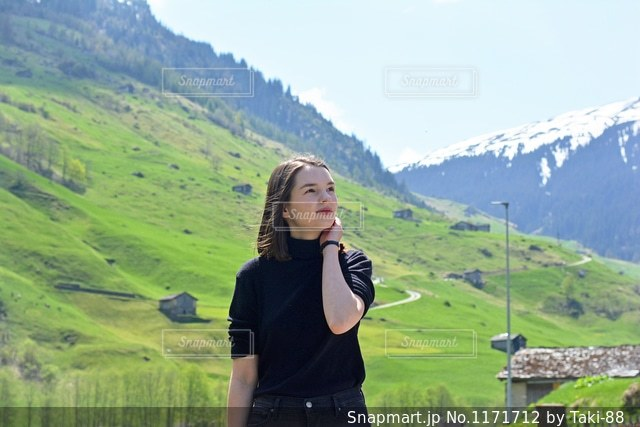 スイスの村でポートレート撮影🇨🇭の写真・画像素材[1171712]