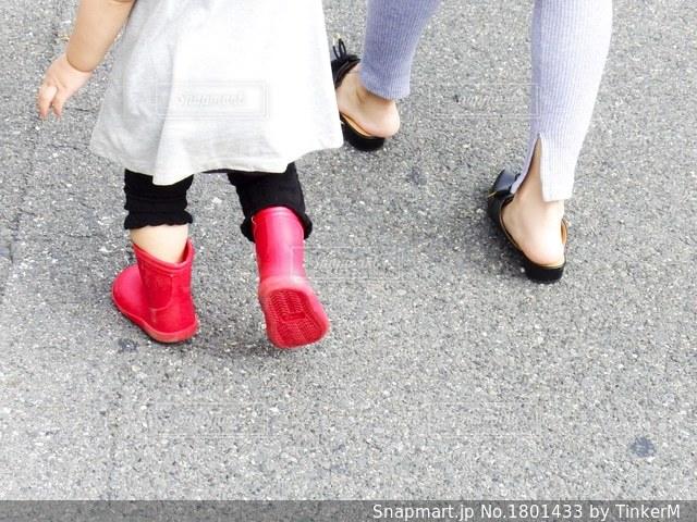 赤い長靴の写真・画像素材[1801433]