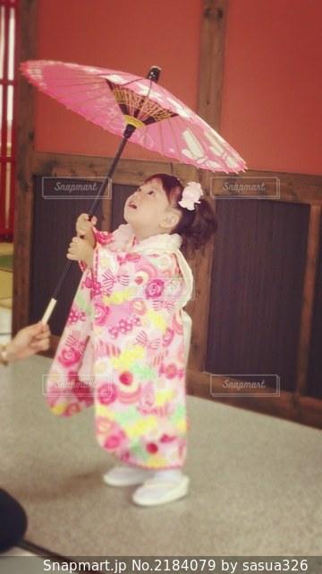 傘フォトの写真・画像素材[2184079]