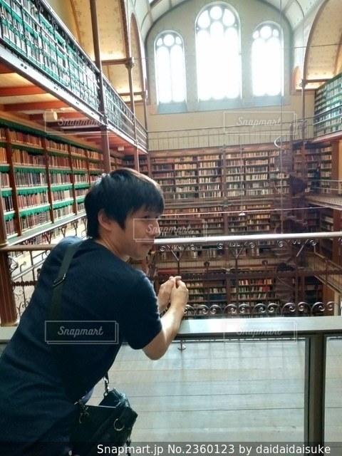図書館の写真・画像素材[2360123]