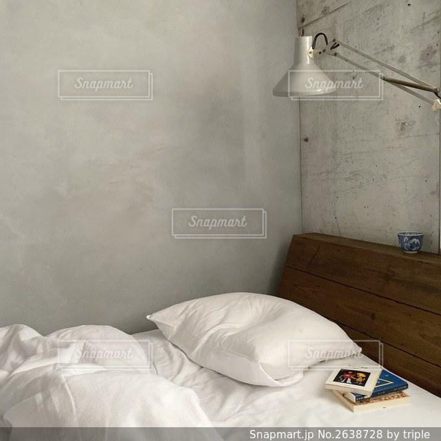 ベッドルームの写真・画像素材[2638728]
