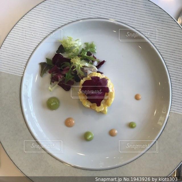 結婚式のフレンチコース料理前菜の写真・画像素材[1943926]