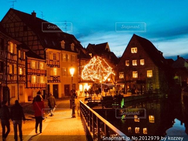 ヨーロッパの夜景の写真 画像素材 Snapmart スナップマート