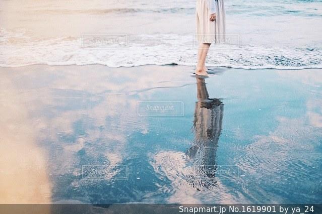 海と女の子の写真・画像素材[1619901]