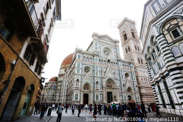 フィレンツェの大聖堂の写真・画像素材[2301806]