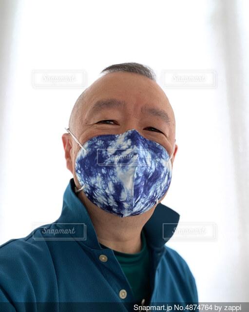 コロナ禍で働く姿の写真・画像素材[4874764]