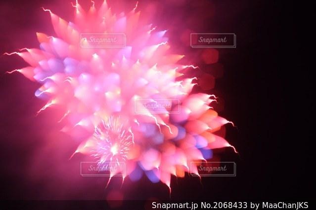 アート花火の写真・画像素材[2068433]