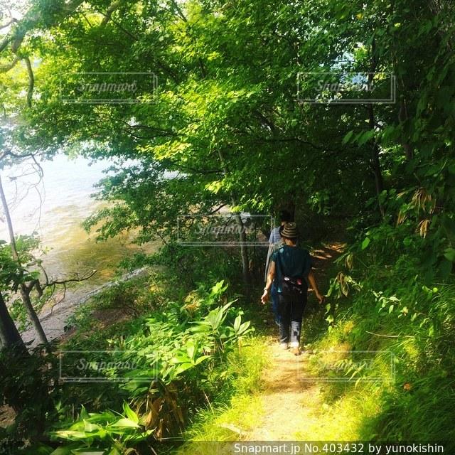友だち,2人,自然,アウトドア,夏,湖,島,散歩,浜辺,冒険,野尻湖,散策