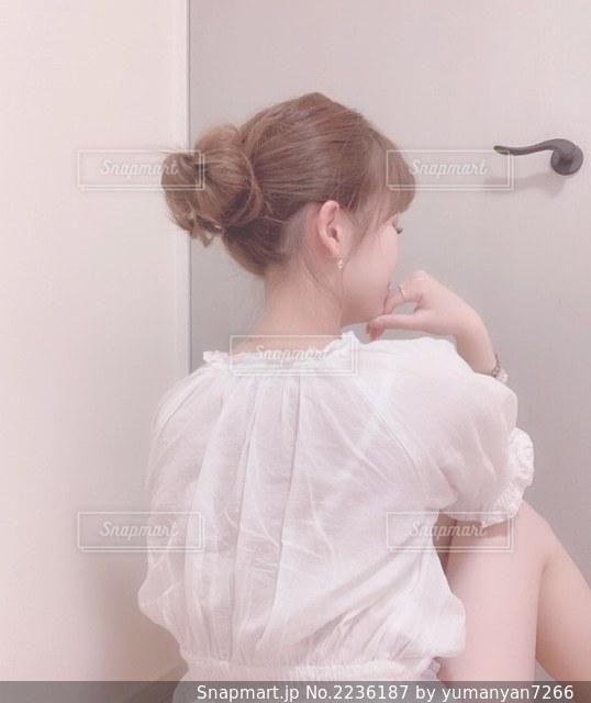 女性のうなじの写真・画像素材[2236187]