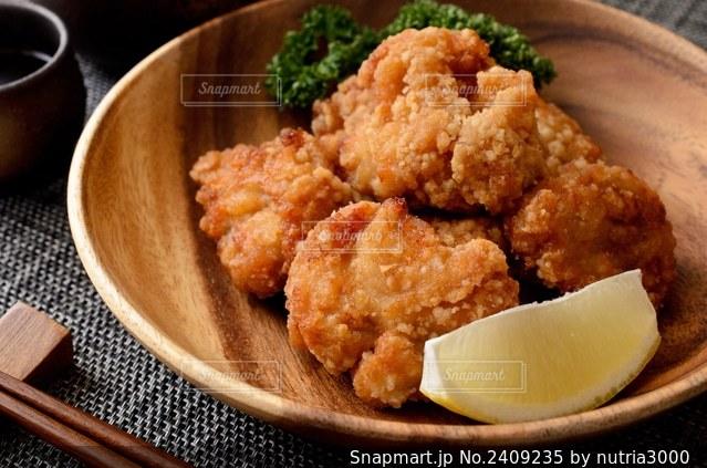 鶏の竜田揚げの写真・画像素材[2409235]