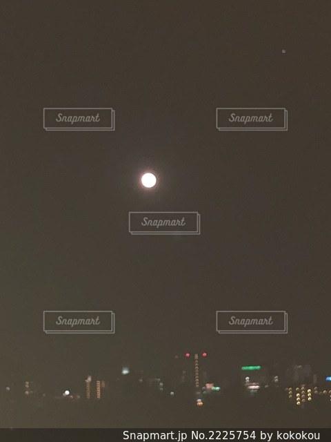 岡山の満月の写真・画像素材[2225754]