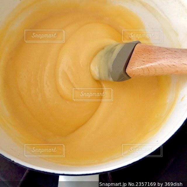 カスタードクリームの作り方の写真・画像素材[2357169]