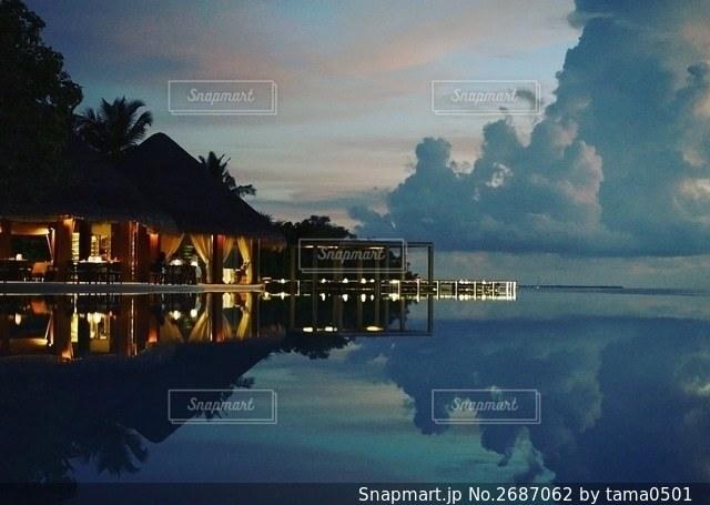 モルディブの夜景の写真・画像素材[2687062]
