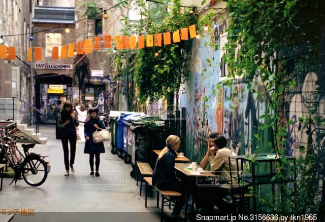 ベルリンの路地の写真・画像素材[3156636]