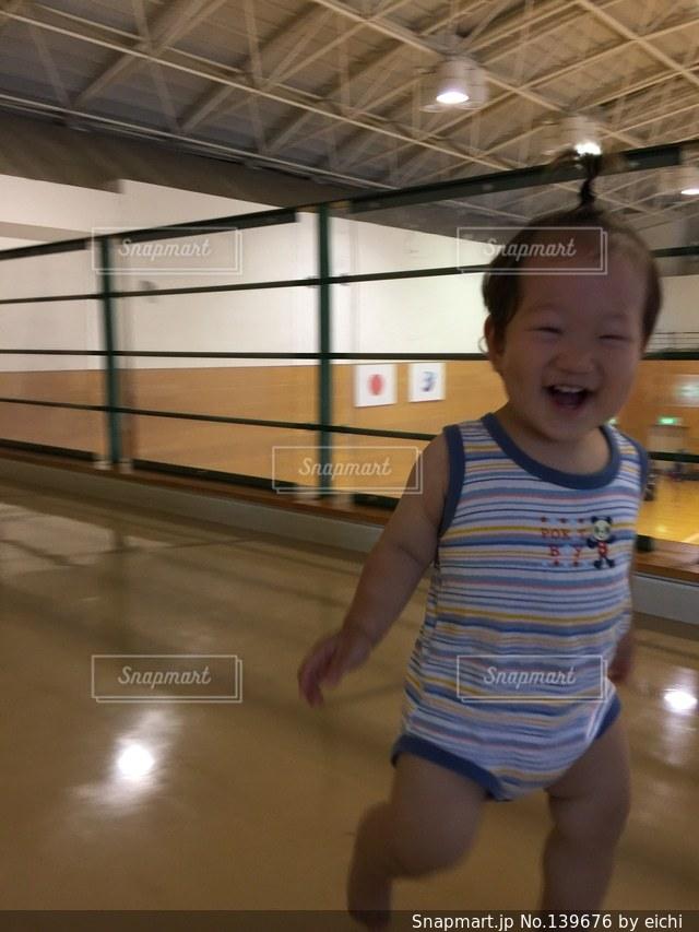 子どもの写真・画像素材[139676]
