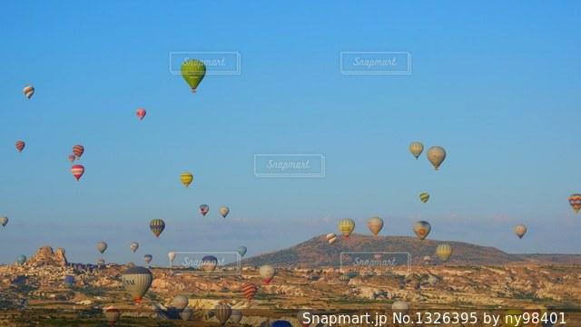 カッパドキアの気球の写真・画像素材[1326395]