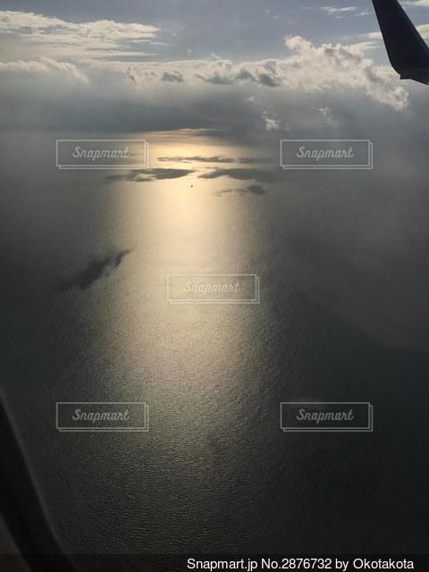 太陽一柱の写真・画像素材[2876732]
