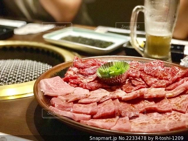 焼肉の万世、肉盛り合わせの写真・画像素材[2233478]