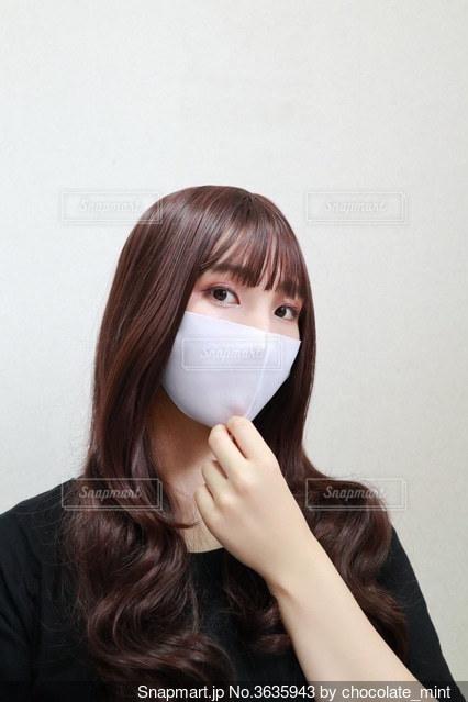 マスクをした女性の写真・画像素材[3635943]
