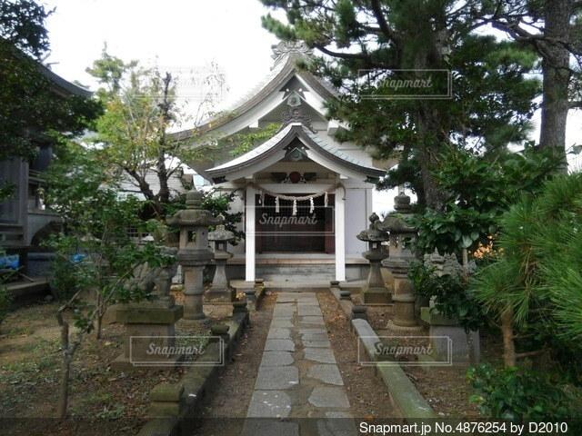 神社①横の写真・画像素材[4876254]