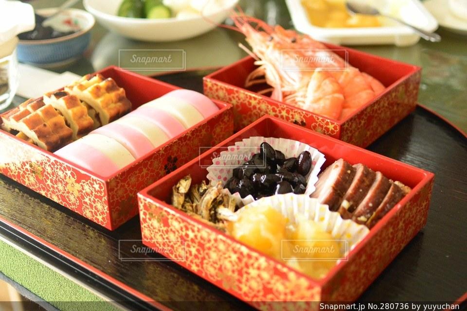 食べ物,冬,おせち,正月,日本,おせち料理,料理,テーブルフォト,海老,料理写真