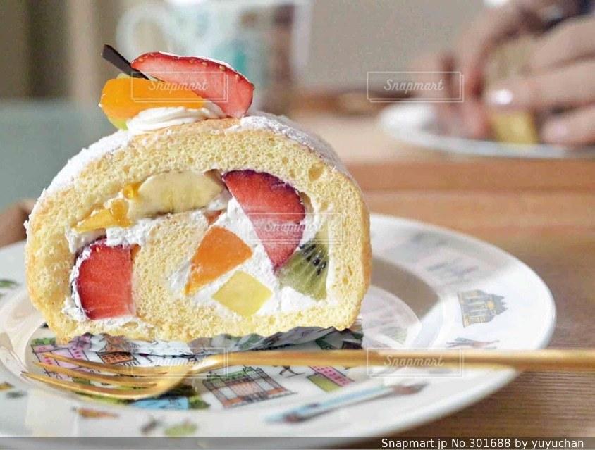 ケーキ,コーヒー,フルーツ,お菓子,うちカフェ,ロールケーキ