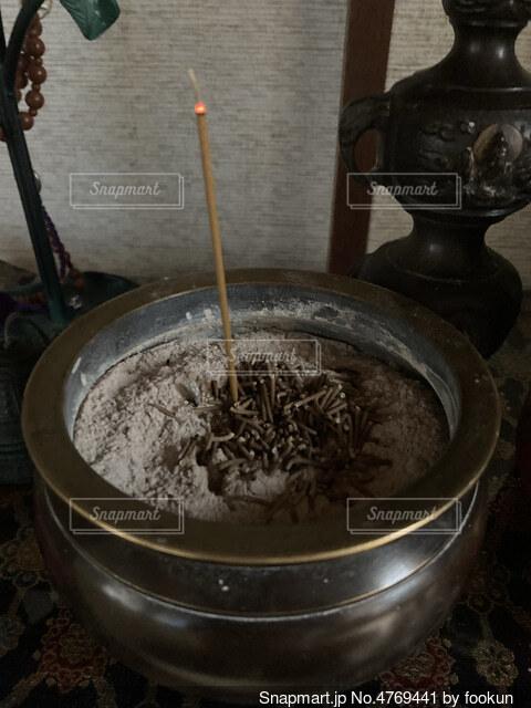 食べ物が入った鍋の写真・画像素材[4769441]