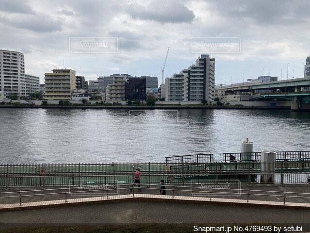 川の写真・画像素材[4769493]