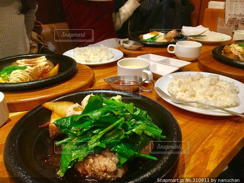 肉の写真・画像素材[310911]