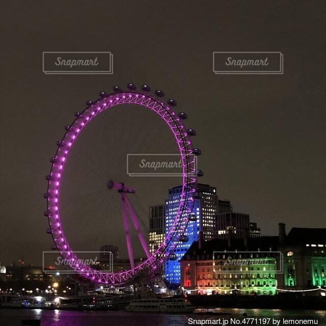 ロンドンの夜景の写真・画像素材[4771197]