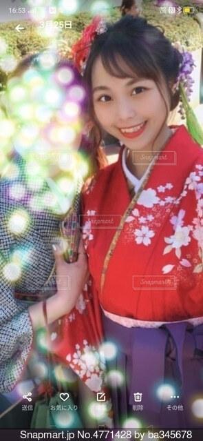 袴姿の卒業式の写真・画像素材[4771428]