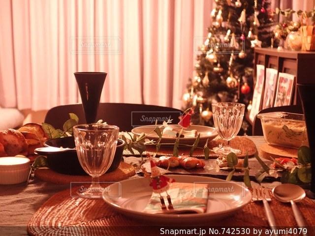 クリスマスの食卓の写真・画像素材[742530]