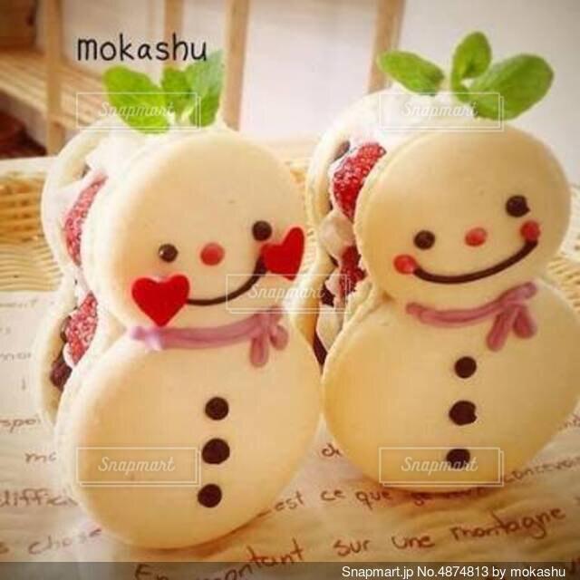 雪だるまのマカロンケーキの写真・画像素材[4874813]