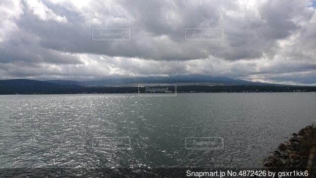 大きな水域の写真・画像素材[4872426]