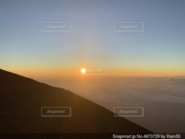 富士山ご来光の写真・画像素材[4873729]