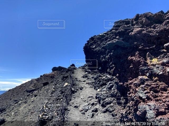 富士山頂登山道の写真・画像素材[4875739]