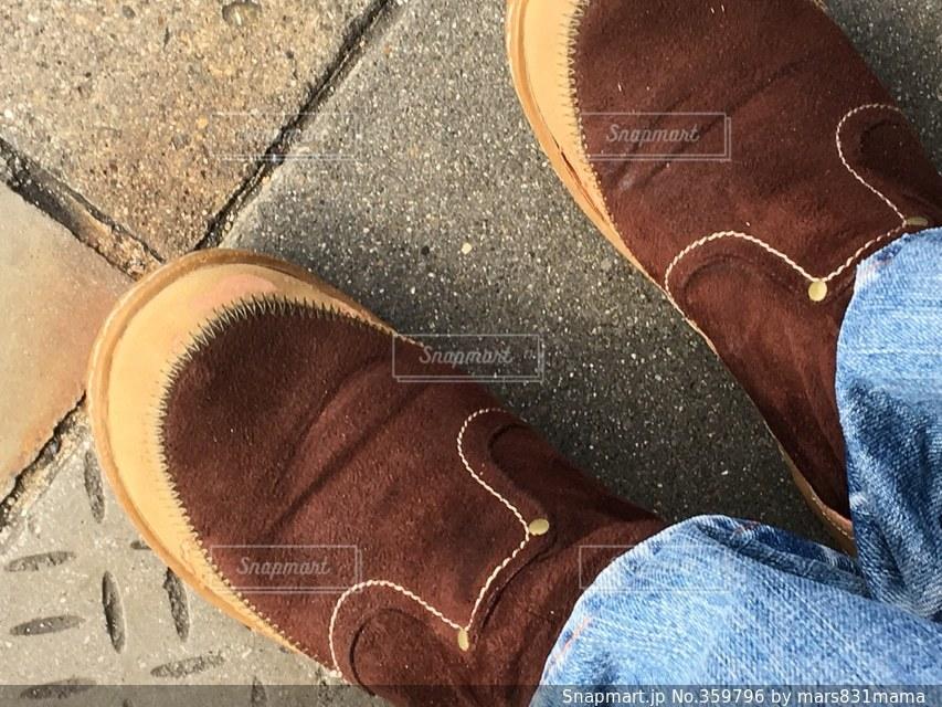 自撮り,ジーンズ,ブーツ,茶色のブーツ,履き慣れたブーツ,茶色いブーツ,お気に入りのブーツ