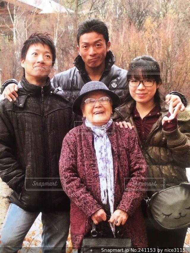 大好きなおばあちゃんの写真・画像素材[241153]