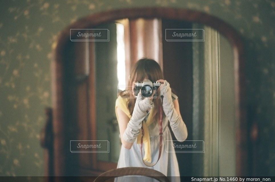 女性,1人,自撮り,カメラ女子,鏡,セルフィー,青森,弘前