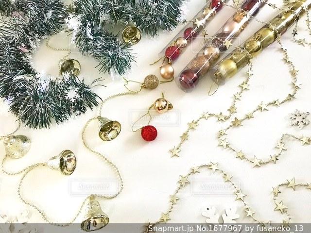 クリスマスツリー飾りの写真・画像素材[1677967]