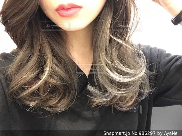 巻き髪の写真・画像素材[986297]