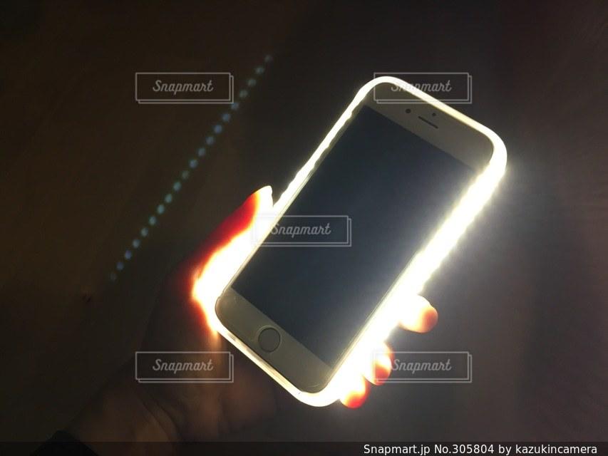 自撮り,ライト,スマホ,撮影,セルフィー,照明,iphone,ガジェット,アンドロイド,iPhoneケース,スマホケース,ケース,スマホいじり,自撮りライト,セルフィーライト,スマホライト,撮影ライト