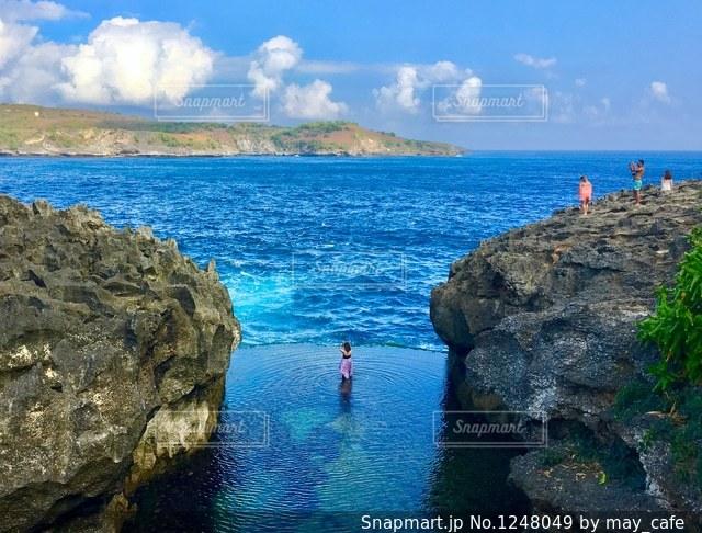 撮影地→バリ、ヌサペニダ島のAngel Billabong(エンジェル・ビラボン)の写真・画像素材[1248049]