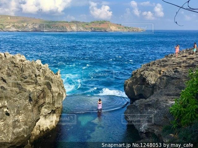 撮影地→バリ、ヌサペニダ島のAngel Billabong(エンジェル・ビラボン)の写真・画像素材[1248053]